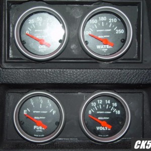 Autometer Gauges 5
